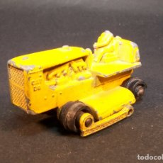 Coches a escala: MATCHBOX SERIES. TRACTOR CATERPILLAR. LESNEY. MADE IN ENGLAND. 27 G. 4,5 CM. ESTADO 2 SOBRE 10. Lote 177073548