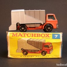 Coches a escala: MATCHBOX SERIES. Nº 7. REFUSE TRUCK. LESNEY. MADE IN ENGLAND. 53 G. 7 CM. ESTADO 9 SOBRE 10.. Lote 177074948