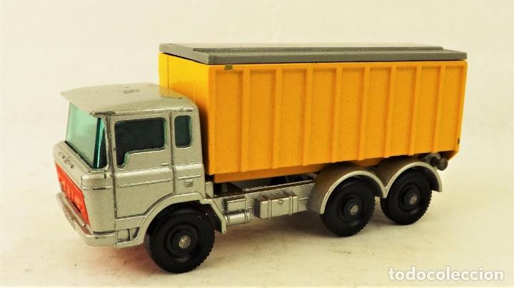 Coches a escala: Matchbox nº 47 Camión contenedor basculante con caja (Falta una solapita) - Foto 3 - 177675907
