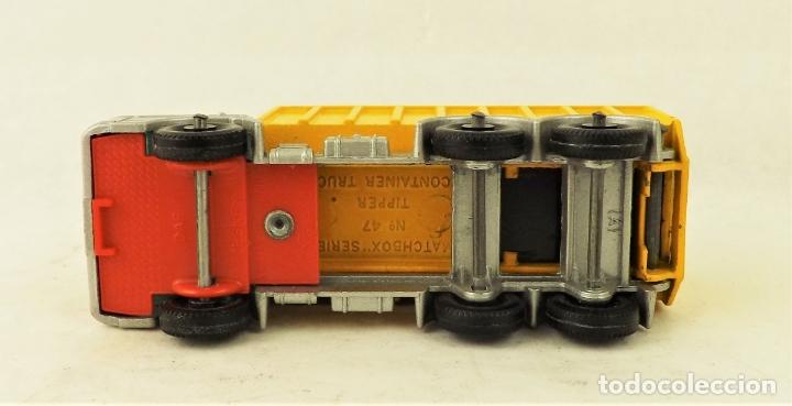 Coches a escala: Matchbox nº 47 Camión contenedor basculante con caja (Falta una solapita) - Foto 4 - 177675907