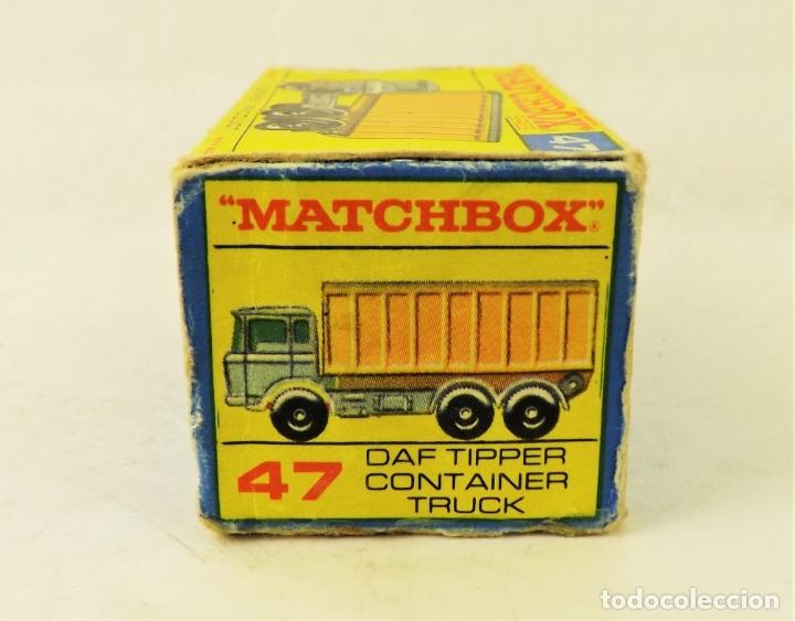 Coches a escala: Matchbox nº 47 Camión contenedor basculante con caja (Falta una solapita) - Foto 5 - 177675907