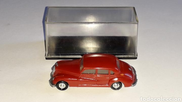 Coches a escala: Mercedes 300 ref. 2003, plástico esc. 1/87 H0, EKO made in Spain, original años 60. - Foto 3 - 177733049