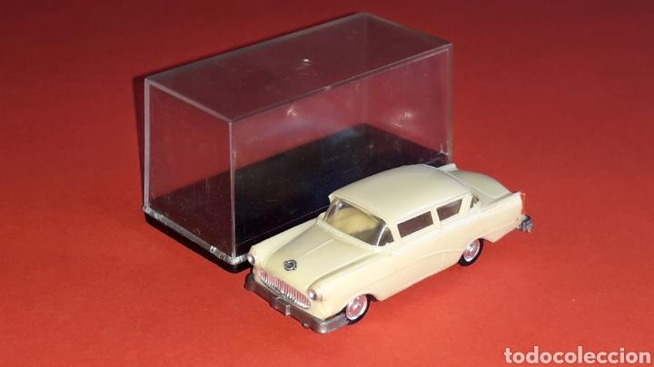Coches a escala: Opel Rekord ref. 2039, plástico esc. 1/87 H0, EKO made in Spain, original años 60. - Foto 3 - 177738352