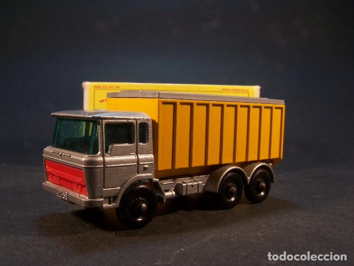 Coches a escala: Matchbox series. Nº 47. Tipper container truck. Made in England. 60 g. 7,5 cm. Estado 9 sobre 10. - Foto 2 - 179328811