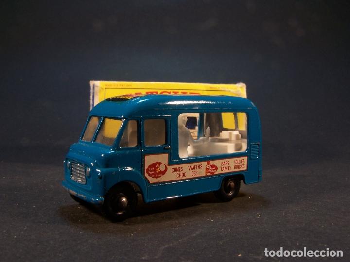 Coches a escala: Matchbox series. Nº 47. Commer ice cream canteen. Made in England 35 g. 6 cm. Estado 9 sobre 10. - Foto 2 - 179329033