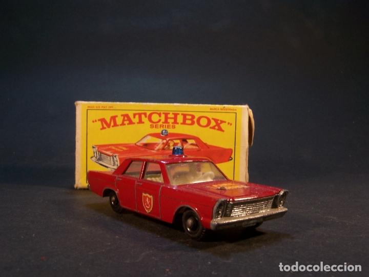Coches a escala: Matchbox series. Nº 55/59. Ford Galaxie.. Made i England. 37 g. 7 cm. Estado 8 sobre 10. - Foto 3 - 179543876