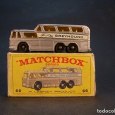 Coches a escala: MATCHBOX SERIES. Nº 66. COACH GREYHOUND. MADE IN ENGLAND. 43 G. 7,5 CM. ESTADO 7 SOBRE 10.. Lote 180239208