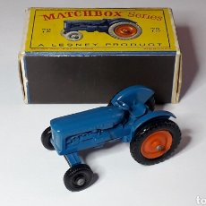Coches a escala: FORDSON TRACTOR REF. 72, MIDE 5 CMS. LESNEY MATCHBOX ENGLAND, ORIGINAL AÑO 1959.. Lote 182668790