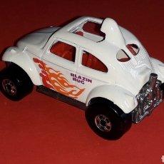 Coches a escala: VW VOLKSWAGEN BEETLE BLAZIN BAJA BUG REF. 5907, ESC. 1/64. HOT WHEELS MALAYSIA, ORIGINAL AÑO 1983.. Lote 182678350