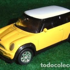 Coches a escala: LOTE COCHE DE METAL - WELLY - MINI COOPER - SCL. SOBRE 1/60. Lote 183565692