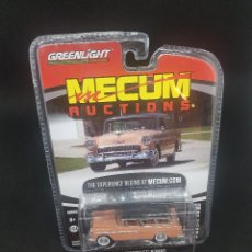 Coches a escala: 1/64 GREENLIGHT 1955 CHEVROLET NOMAD *MECUM AUCTIONS*. Lote 184012562