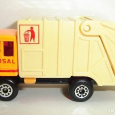 Coches a escala: CAMION REFUSE DISPOSAL RECOGIDA DE BASURAS MATCHBOX . Lote 184510738