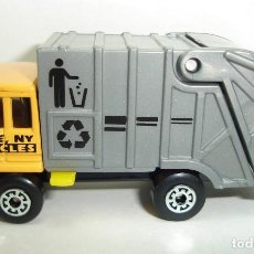 Coches a escala: CAMION RECOGIDA DE BASURAS RIDGE NY RECYCLES MATCHBOX SUPERFAST. Lote 185967618