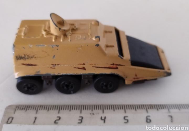 Coches a escala: Coche miniatura cochecito tanque camión juguete mattel 1978 - Foto 2 - 188402168