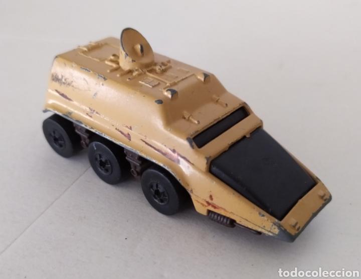 Coches a escala: Coche miniatura cochecito tanque camión juguete mattel 1978 - Foto 3 - 188402168