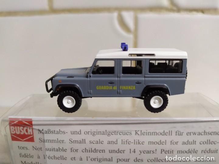 1//87 Busch Land Rover Defender Bergrettungsdienst Polen 50381
