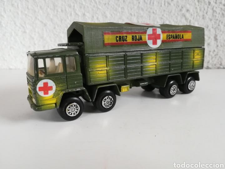 Coches a escala: Camión Pegaso Cruz Roja Española - Fabricado por Mira - Miniatura Escala 1/64 - Militar Ejército - Foto 5 - 194224816