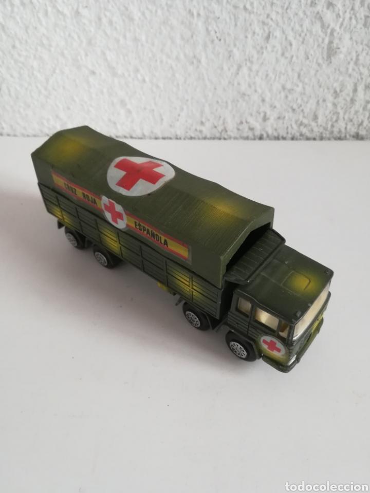 Coches a escala: Camión Pegaso Cruz Roja Española - Fabricado por Mira - Miniatura Escala 1/64 - Militar Ejército - Foto 12 - 194224816