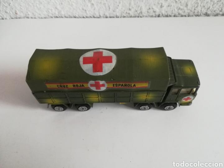 Coches a escala: Camión Pegaso Cruz Roja Española - Fabricado por Mira - Miniatura Escala 1/64 - Militar Ejército - Foto 14 - 194224816