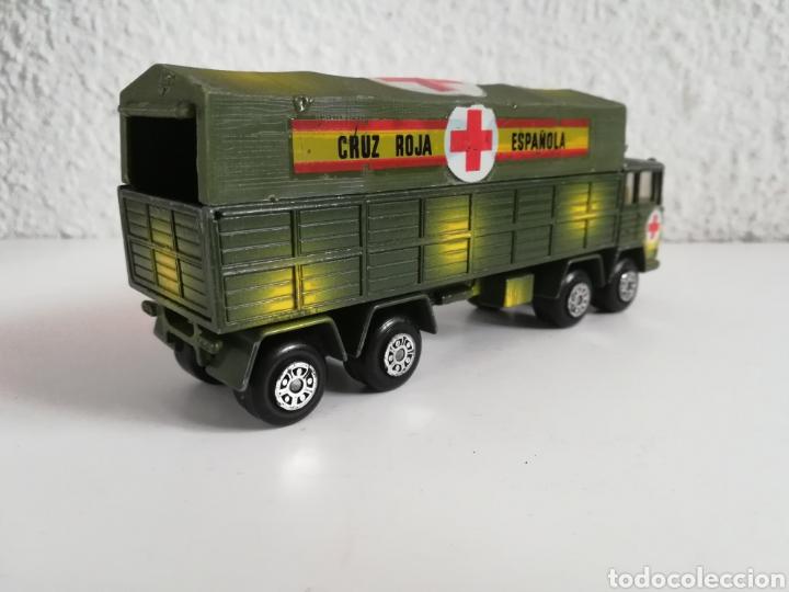 Coches a escala: Camión Pegaso Cruz Roja Española - Fabricado por Mira - Miniatura Escala 1/64 - Militar Ejército - Foto 15 - 194224816