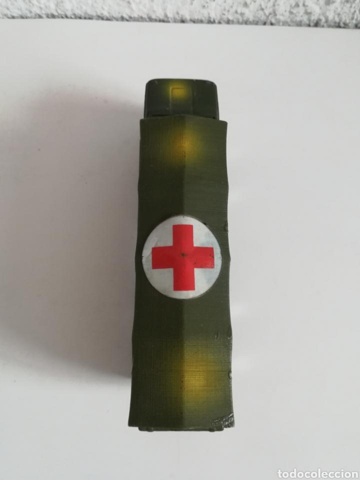 Coches a escala: Camión Pegaso Cruz Roja Española - Fabricado por Mira - Miniatura Escala 1/64 - Militar Ejército - Foto 19 - 194224816