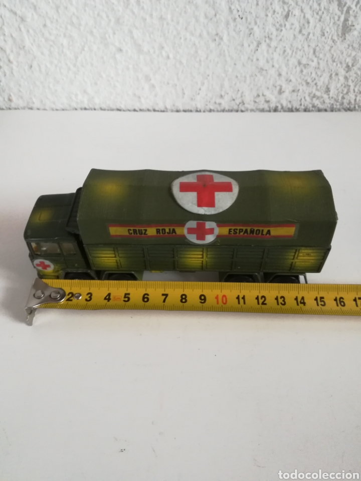 Coches a escala: Camión Pegaso Cruz Roja Española - Fabricado por Mira - Miniatura Escala 1/64 - Militar Ejército - Foto 34 - 194224816