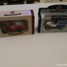 Coches a escala: 2 COCHES OXFORD DIE CAST - EDICION LIMITADA MACARONI - CHRISTMAS 1996. Lote 194640095