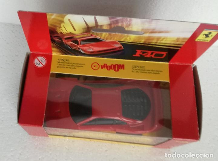 Coches a escala: Coches de coleccion Ferrari Shell V-Power: Ferrari F40 - Escala 1:38 - Foto 2 - 194743511