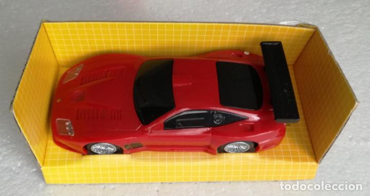 Coches a escala: Coches de coleccion Ferrari Shell V-Power: Ferrari 575 GTC - Escala 1:38 - Foto 3 - 194743535
