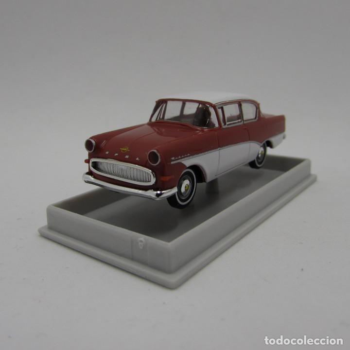Coches a escala: Brekina 20015 Opel Rekord P1 1957-1960. Escala 1/87 H0 (3691) - Foto 7 - 194901647