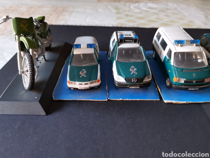 Coches a escala: 5 Coches y moto de la guardia civil metálicos a escala - Foto 7 - 196201336