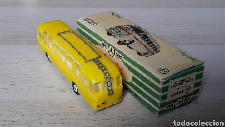 Coches a escala: Autobus Pegaso *Amarillo* ref. 59, plástico esc. 1/86 H0, Anguplas Mini-Cars, original 1960. - Foto 3 - 200865818