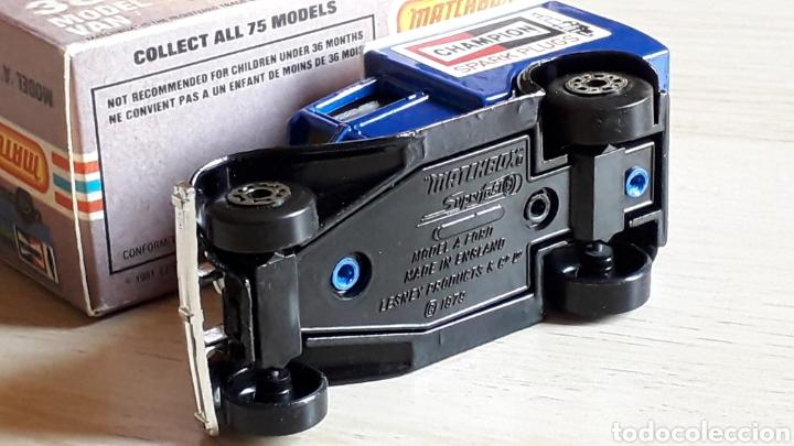 Coches a escala: Ford model A VAN Champion ref. 38-G, metal esc. 1/64, Lesney Matchbox England, año 1981. Con caja. - Foto 7 - 201768753