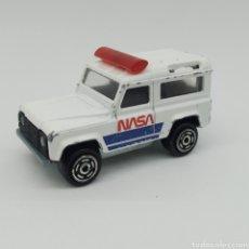 Coches a escala: LAND ROVER DEFENDER 90 NASA MAJORETTE AÑOS 1987 - 1991 REFERENCIA 266 ESCALA 1/50. Lote 202289978