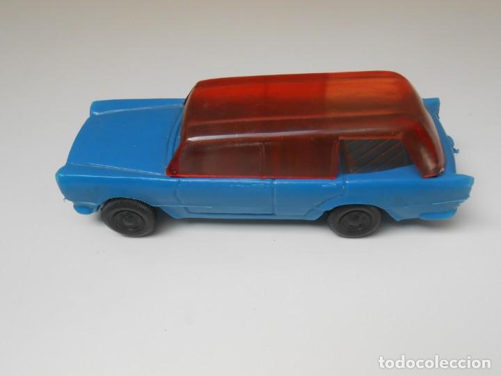 COCHE PLASTICO SEAT 1500 FAMILIAR MADE IN SPAIN AÑOS 70 PLASTICOS ALBACETE MODEL PLASTIC CAR (Juguetes - Coches a Escala Otras Escalas )