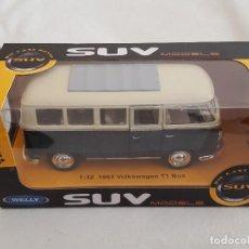 Auto in scala: WELLY / VOLKSWAGEN T1 BUS / ESCALA 1:32. Lote 203903533
