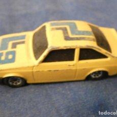 Auto in scala: COCHECITOS ARKANSAS1980 1/64 SUPER GT BR 1985 BASE PLASTICA EJE TRASERO TONTUELO. Lote 204323446