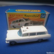 Coches a escala: MATCHBOX SUPERFAST CADILLAC AMBULANCE, NEW 54, NUEVO Y EN CAJA, ESCALA 1/64. Lote 205384595