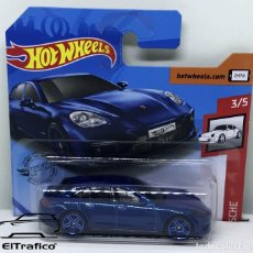 Coches a escala: HOT WHEELS PORSCHE PANAMERA TURBO S E-HYBRID AZUL 1:64 HOTWHEELS 2020 // (2). Lote 210424670