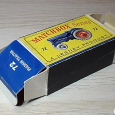 Coches a escala: CAJA *VACÍA* EMPTY BOX, FORDSON TRACTOR REF. 72, LESNEY MATCHBOX ENGLAND, ORIGINAL AÑO 1959.. Lote 220799853