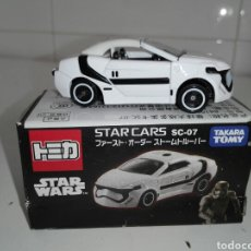 Coches a escala: STAR CARS -FIRST ORDER STORMTROOPER- TOMICA - STAR WARS - SC 07- MADE VIETNAM- TOMY TAKARA- 1/64 AP. Lote 221272203