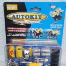 Coches a escala: BLISTER AUTOKIT MICROMACHINES - FAMOSA. Lote 221679073