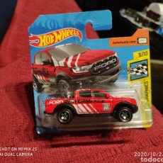 Coches a escala: HOTWHEELS: '19 FORD RANGER RAPTOR (HW SPEED GRAPHICS). Lote 222081721