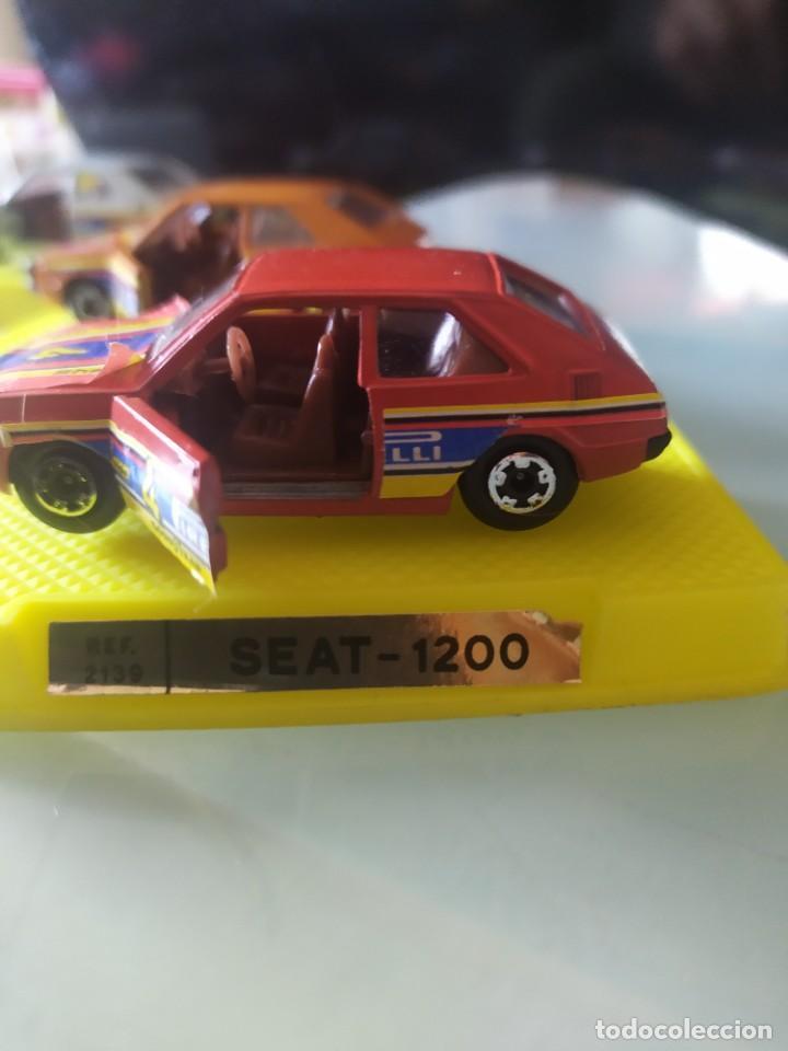 Coches a escala: Lote de 3 coches marca mira Made in spain con caja original seat 1200 taxi - Foto 5 - 222342401
