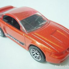 Coches a escala: MATCHBOX MB367 17 FORD MUSTANG COUPE DEL 1999. Lote 222385392