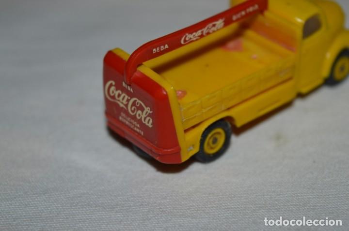 Coches a escala: Lote 04 - ANGUPLAS / MINI CARS - Camión EBRO COCA COLA - Muy ANTIGUO - ¡Mira fotos y detalles! - Foto 8 - 224660908