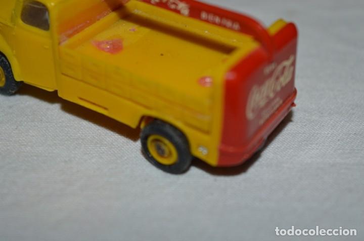 Coches a escala: Lote 04 - ANGUPLAS / MINI CARS - Camión EBRO COCA COLA - Muy ANTIGUO - ¡Mira fotos y detalles! - Foto 9 - 224660908