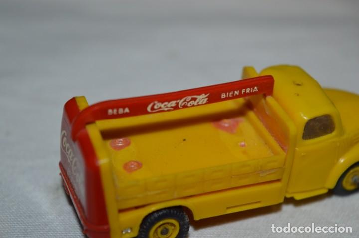 Coches a escala: Lote 04 - ANGUPLAS / MINI CARS - Camión EBRO COCA COLA - Muy ANTIGUO - ¡Mira fotos y detalles! - Foto 17 - 224660908