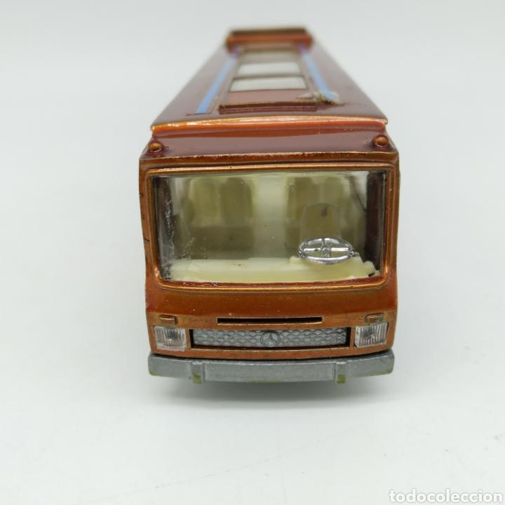 Coches a escala: Autobús Mercedes Mundial Tours en escala 1/64 Referencia 80 Colección Miniaturas Dragón de MIRA - Foto 3 - 229238680