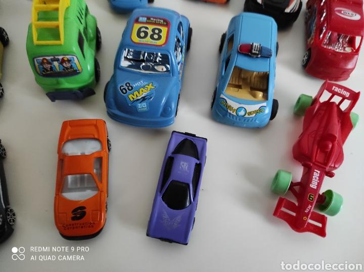Coches a escala: Lote de coches de plástico - Foto 4 - 236399775